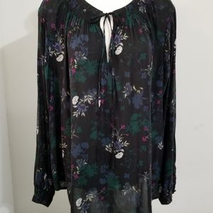 Torrid Top Size 3 Black Floral Long Sleeve Tie